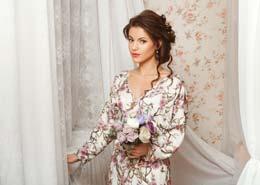 elegancka satynowa sukienka