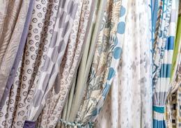 druk na tkaninie na zasłony